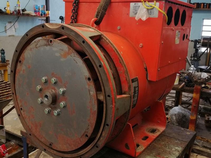 motor industrial que necesita mantenimiento